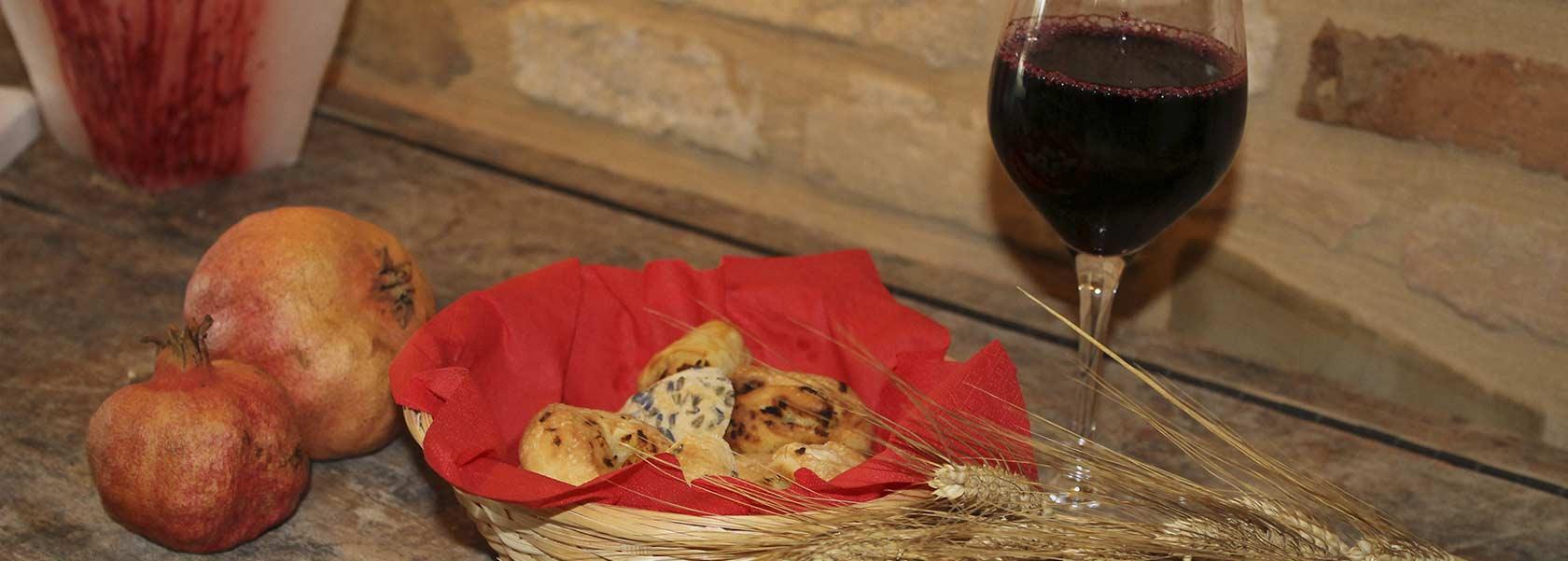 pane-e-vino-fatto-in-casa-del-ristorante-osimo